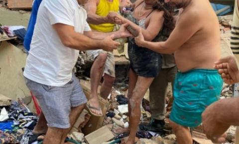 Jovem morre em desabamento de prédio; três são resgatados com vida