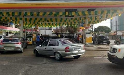 Em João Pessoa, preço da gasolina cai para R$ 3,99