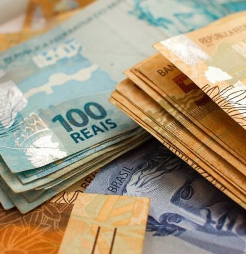 Congresso aprova salário mínimo de R$ 1.031 em 2020