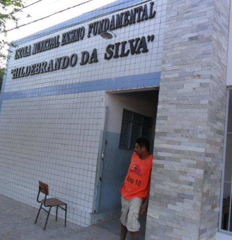 Prefeitura de Cabedelo divulga edital convocando professores aprovados em concurso