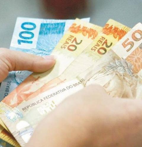 Governo Federal propõe salário mínimo de R$ 1.147 para 2022